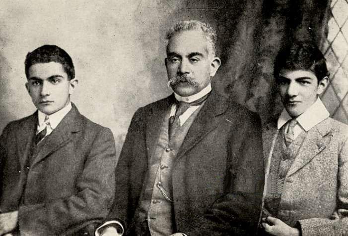 Beloved-Physician-of-Teheran-g